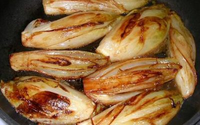 Witlof gebakken met appelstroop en tijm